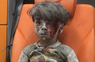 375D08A500000578-3750636-This_image_of_Omran_Daqneesh_has_shocked_a_world_which_had_becom-m-20_1471717146736